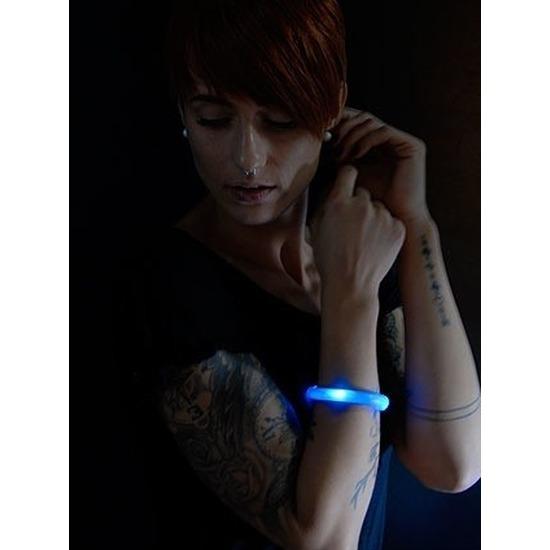 2x Blauwe LED licht wikkel armbanden voor volwassenen